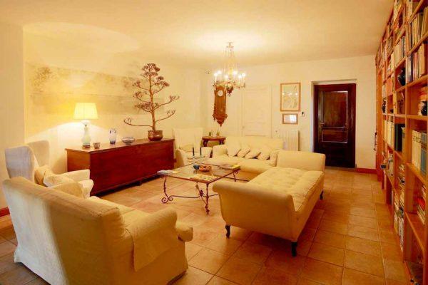Casa Carlotta, salone al piano
