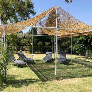 Gazebo area piscina